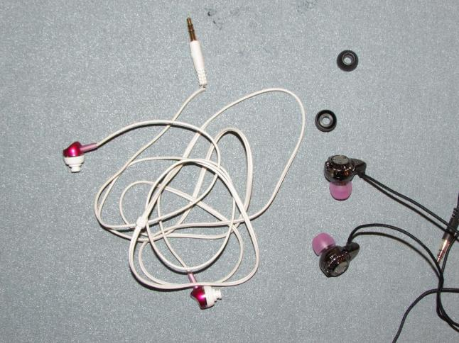 Franken-buds, as I call them now. Or my hybrid-earbuds.